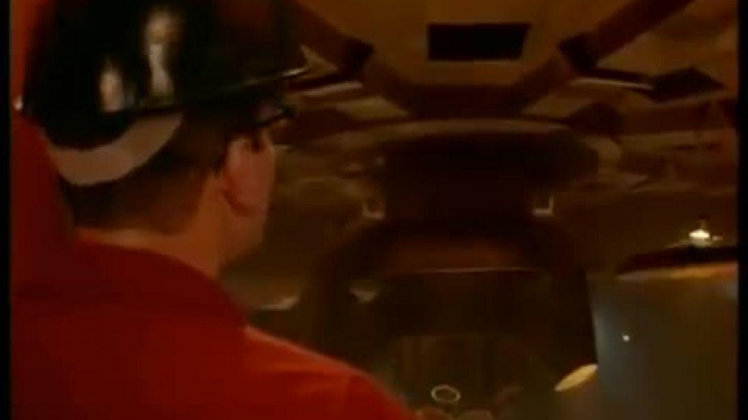 Extracto película: Han Llegado (The Arrival)