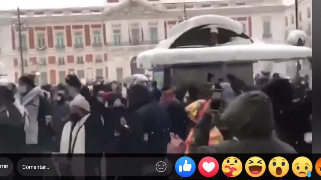 La forma más PATRIOTA y NACIONALISTA de celebrar FILOMENA en ?? ESPAÑA‼️??