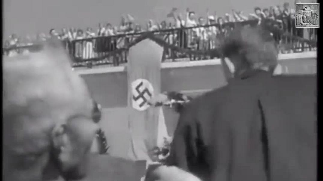 Adolf Hitler - Resurrección
