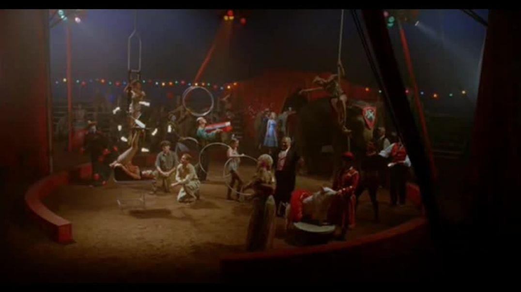 El Gran Pez - Escena del circo