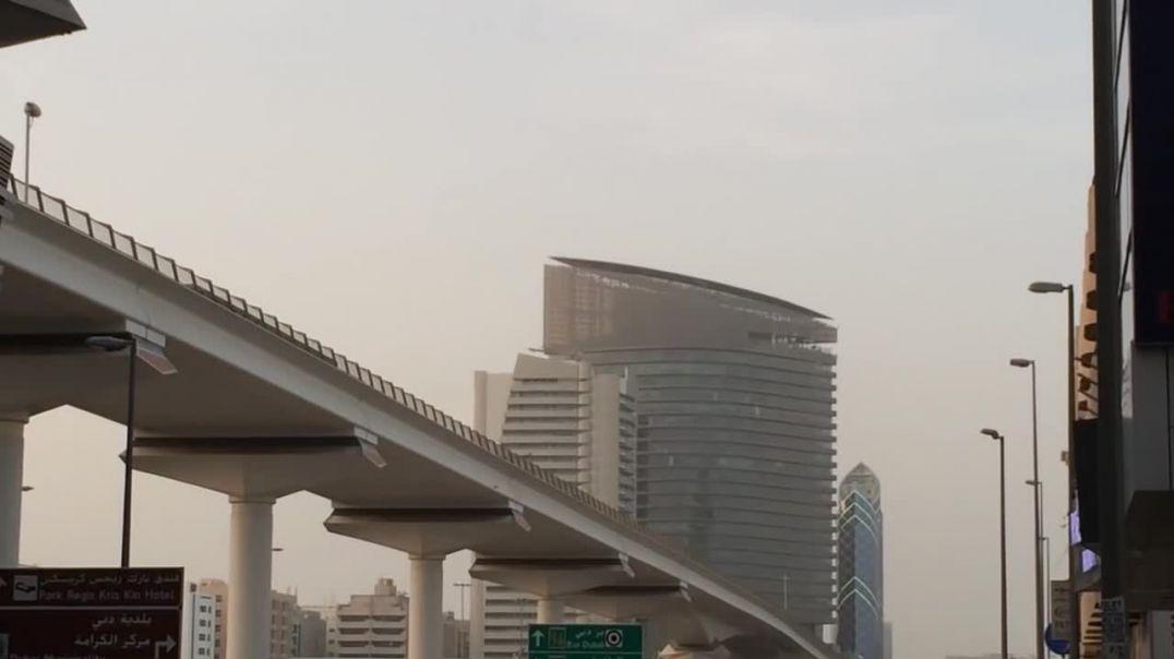 OVNI sobre Dubai - UFO over Dubai